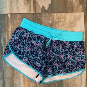 NWOT Fabletics Suva Run Shorts - small
